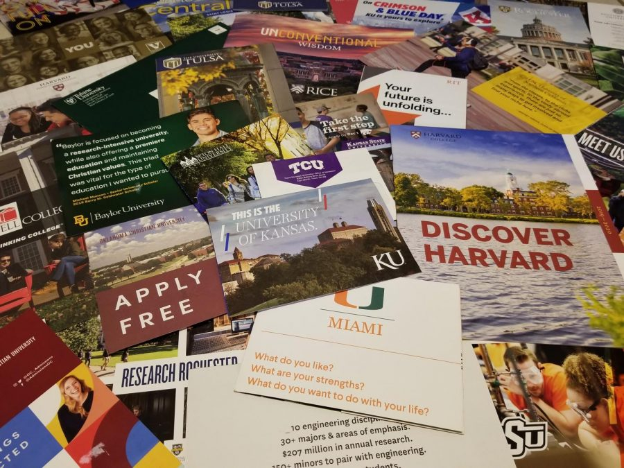 A+large+assortment+of+college+brochures+and+letters+from+various+different+colleges+and+universities.